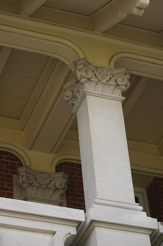 Upper Front Loggia, Detail