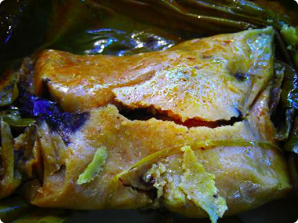 tamale de mole negro