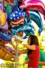 Colorful Helium (photo.klick) Tags: colors colorful dolphin balloon parade photoblog helium vendor variety starsandstripes haylookit tc104 katsingercom