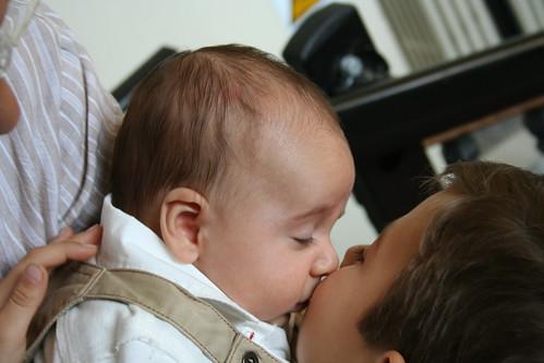 amore e baci. aci d#39;Amore e di Amicizia