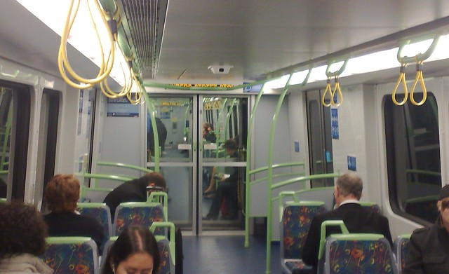 POTD: New trains' automated signs badly placed
