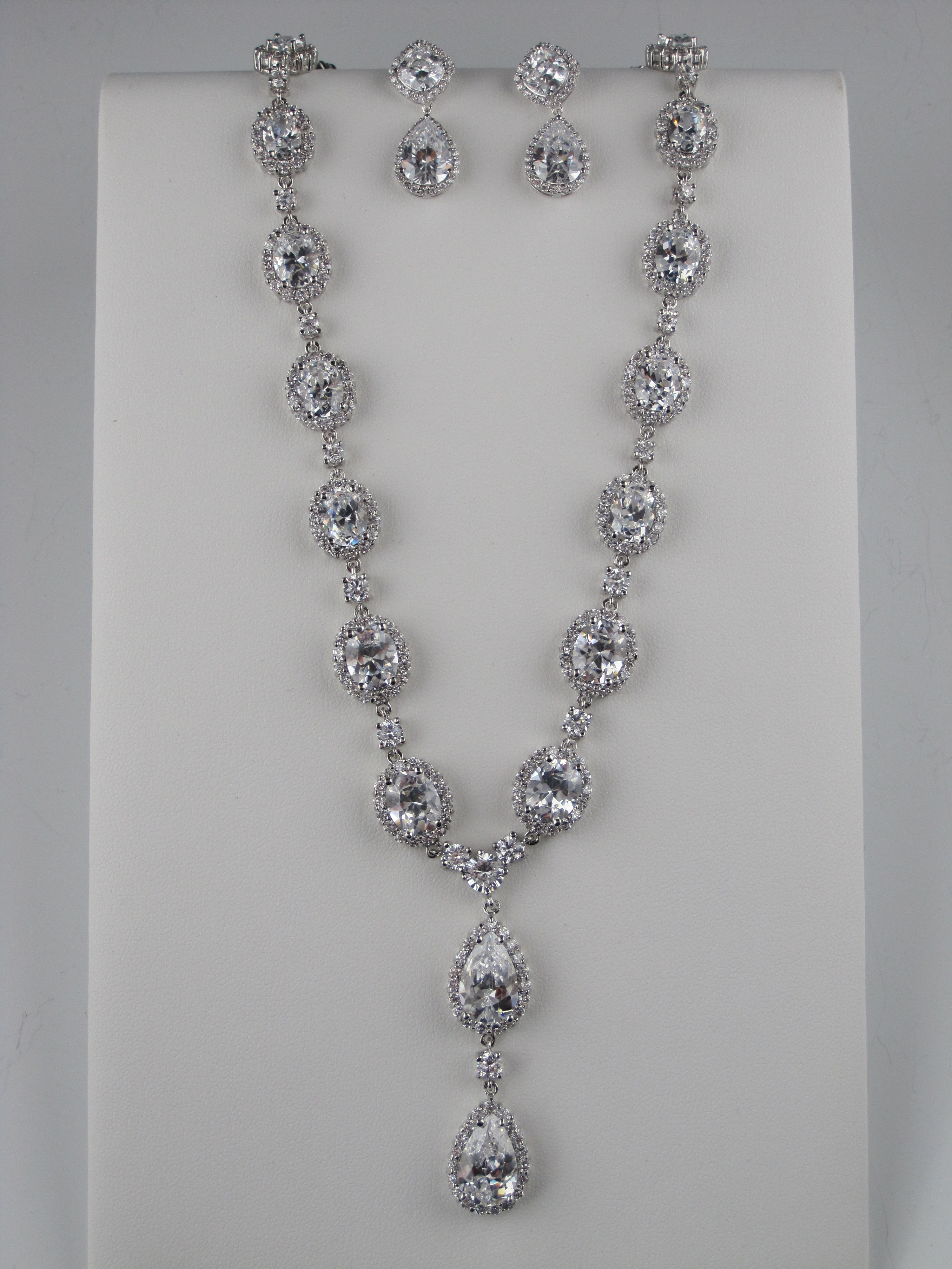 necklace_of_cascading_cubic_zirconium_drops_and_matching_earrings, art deco inspired bridal jewelry