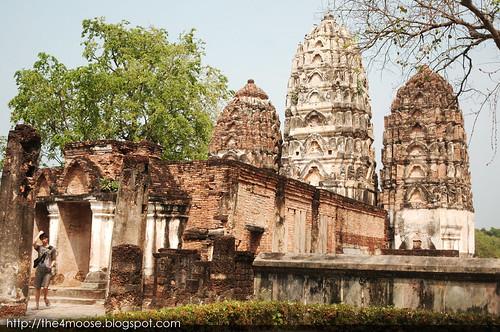 Sukhothai - Wat Si Sawai