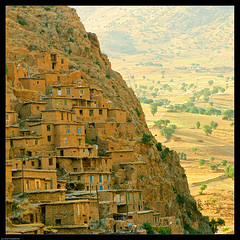 IRAN (Roozbeh Feiz) Tags: people architecture canon buildings asian persian asia village iran canon20d muslim islam middleeast culture documentary persia social iranian  cultures cultural islamic kurdistan 2007 villagelife  roozbeh 1386 feiz persianarchitecture roozbehfeiz iranianstyle persianstyle ~vista iranianphotographer iranianphotographers   iranianarchitecture feizaghaii     feizcom  palangan