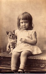 Little Girl w/Kitty ~ Vintage Postcard