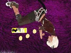 Chips and sleeps (Carry Nemeth) Tags: kitten sleep chips sl secondlife neko carry nemeth