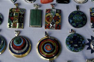 Ecuador-exports-jewelry