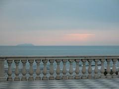 Buon 25 aprile (roberto_il_pisano) Tags: sea mare colori terrazza liberazione 25aprile pastello livornoleghorn