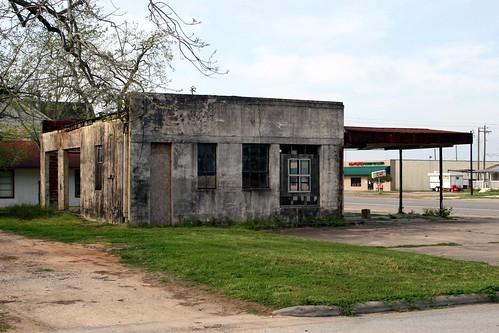 gas station in hempstead