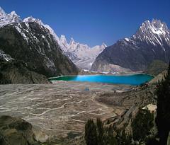Angle of view (rhythmusy) Tags: china tibet lakesurface ranwulake largewetland glaciersgabugroup elevation3807meters 25kmlong wellknownlake width15km area22squarekm branchbrahmaputra