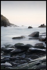 La Losera (DavidGorgojo) Tags: longexposure sea beach water mar agua rocks asturias playa vega rocas veiga navia cantbrico largaexposicin puertodevega mywinners soirana losera