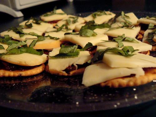 Tomato Olive Chutney, Smoked Mozzarella, Basil Crackwiches