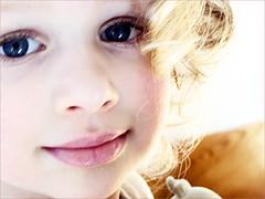 Douce Jade (patiscrapbook) Tags: portrait jade enfant amourmaternel