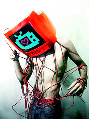 (-Sebastian Vargas-) Tags: love nerd computer lights luces weird pc tv heart personal no yo ordenador screen monitor computador te quiero hikari pantalla roja adis volao