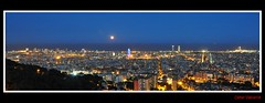 Barcelona (Oskar Valcarce) Tags: barcelona night luces noche nikon bcn panoramic luna panoramica nocturna oskarvalcarce