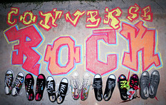 CONVERSE - chalk graffiti (✧S) Tags: colors rock cherry graffiti chalk shoes kisses ground converse extremealthani