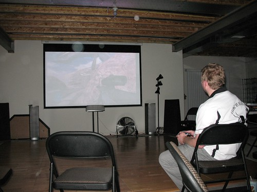 Playing Halo on the big screen - cornstalker