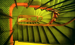 L'escalier (givikat) Tags: wedding light red test france green art film yellow jaune fun book design photo lomo lca media experimental power expo kodak lumire toycamera style vert scan dec international exposition pro session chance mode webstandards escalier nantes allrightsreserved argentique urbain gildas lumineux presse cration durable pellicule contemporain monter paysdelaloire loireatlantique journalisme esthtique 10faves descendre maquaire eventoblog blogworld scopic gmprod scopict