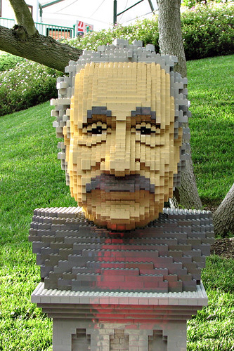 Day 313...Legoland...Einstein-head...