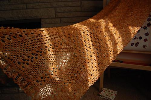 Honeybee Stole