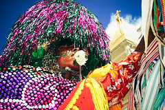 corpo-fechado (gleicebueno) Tags: carnival party brazil music colors brasil rural canon cores dance moments folklore musica carnaval tradition popular festa dança pernambuco rhythm maracatu agricultural ritmo nação 30d folclore tradição nazaredamata cambinda