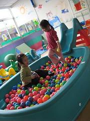 20080309-球池溜滑梯-15
