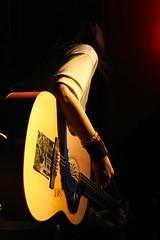 IMG_4357 (Davidrummer) Tags: music canon eos 350d cafe riverside band taiwan rocker taipei   deserts ef70200mmf4l livehouse   iso80 digitalshot iso8001600