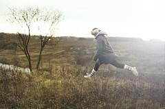 автопортрет 213й день (tomato_senya) Tags: autumn trees light selfportrait colour green me nature dream bodylanguage русскиедевушки 365ru