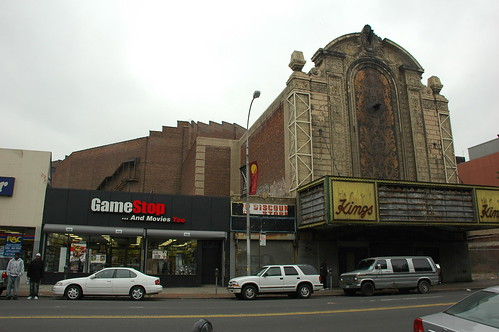 Kings Theater, Flatbush Avenue