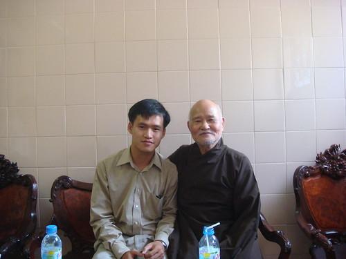 Đại lão hòa thượng Thích Quảng Độ và Nguyễn Tiến Trung by Nguyen Tien Trung.