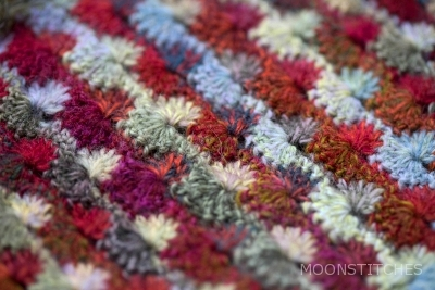 detail combined shell stitch