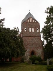 Kirchen P�tte mit dreischiffiger Backsteinhalle, drei Jochen mit eingezogenem Polygonchor aus dem 13. Jahrhundert