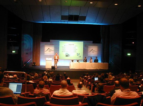 David Gurteen speaking at Online Information 2007