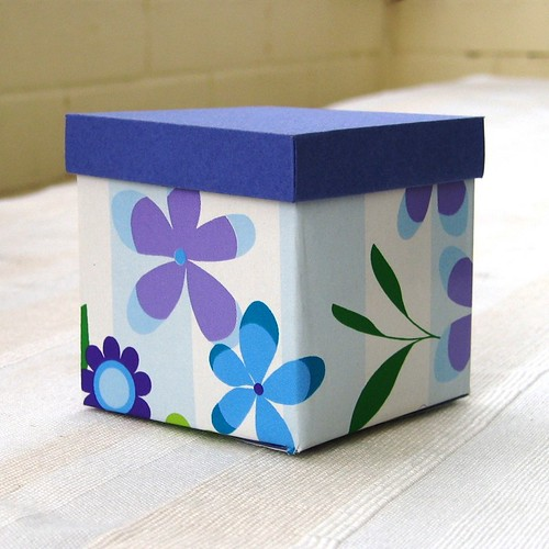 purple box with lid