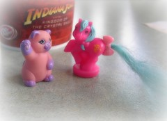 Today's Pony Find: Dreamy Siamese waving kitten and Puddles (amae) Tags: toy toys kitten pony ponies picnik hasbro mlp mylittlepony littlepony mylittleponies petitepony mylittlekitty