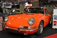 Porsche 911 S (Monde-Auto Passion Photos) Tags: auto automobile voiture vehicule porsche 911 coupé orange sportive ancienne france paris retromobile evenement
