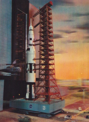 SATURN V / ROLL-OUT / CARTE POSTALE