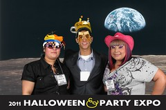 0102earth_2 (Halloween Party Expo) Tags: halloween halloweencostumes halloweenexpo greenscreenphotos halloweenpartyexpo2100 halloweenpartyexpo halloweenshowhouston