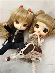 Rewigged Judy and Izzie!:3 (Paula ~) Tags: cute doll dal phoebe planning groove jun eris obitsu eluts 23cm rewigged byul