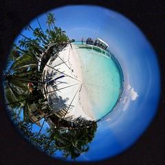 Planet Panglao (Setiritter) Tags: panorama beach strand boot boat sand ship philippines azure 360 palm planet bohol polar whitesand palme schiff visayas azur panglao philippinen alona sandstrand azurblau