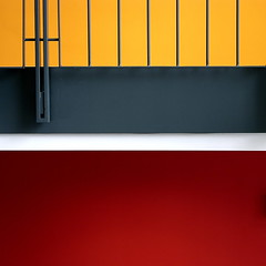Separation ... (petergrossmann) Tags: red black yellow germany minimal staircase hagen 2007 sparkasse treppenhaus peter…