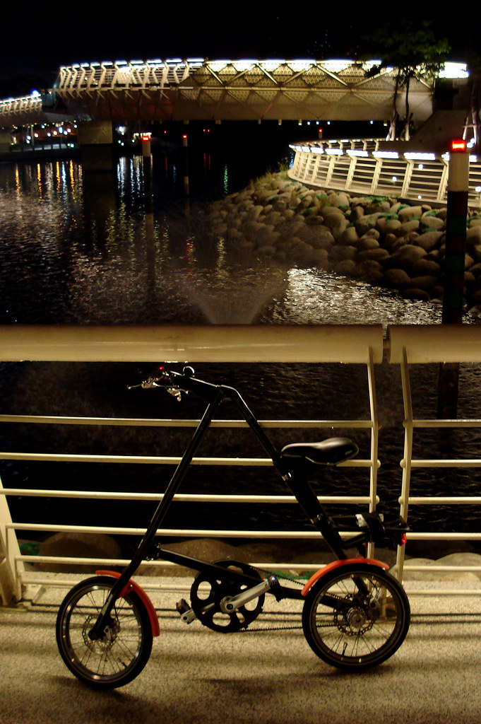 I Strida at Heart of Love River - DSC01349