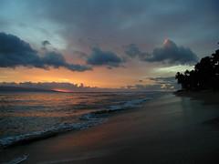Maui sunset (ted henderer photography) Tags: sunset hawaii maui oceanshore worldsartgallery