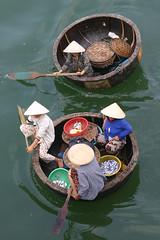 Transport in Vietnam (Bertrand Linet) Tags: boat market transport vietnam nhatrang bertrandlinet