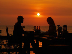 a romantic dinner (AraiGodai) Tags: sunset beach dinner thailand interesting explore pattaya araigordai raigordai araigodai