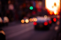 Sunset Street (Bokeh) (Js) Tags: winter toronto ontario canada lights raw nef bokeh gimp ufraw nikond40