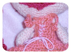 Elfe Lili Rose Detail (Ruby's World) Tags: rose berry crochet elfe amigurumi lili goblinfly