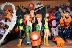 rachelgrey16 (Foenix) Tags: phoenix statue toys southpark bust xmen transformers actionfigures marvellegends kenny marvelcomics hasbro optimusprime madelynepryor goblinqueen unicron marvelgirl rachelsummers rachelgrey