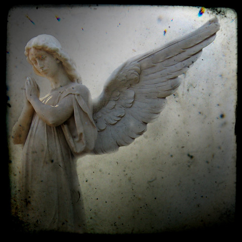 cuando los angeles lloran lloverá by AnnuskA - AnnA Theodora