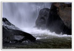 water fall (Diji's Photography) Tags: travel water eos sigma waterfalls dslr 18200 dfc 400d athirappally malayalikkoottam kfm3 malayalikkottamkfm3